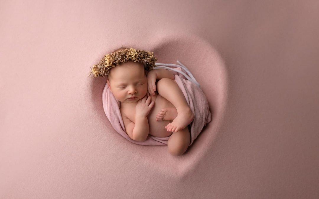 Alexandra- 10 days old newborn photography